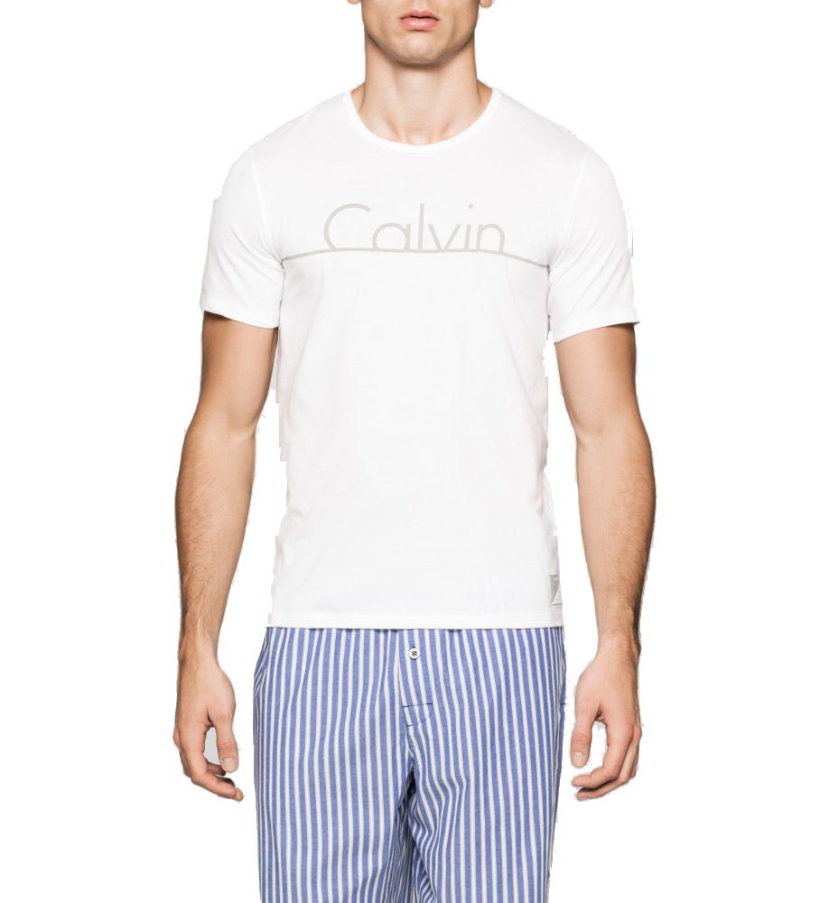 Bílé pánské triko Calvin Kleinz kolekce jaro/léto 2017 je nepostradatelným kouskem pro každého muže